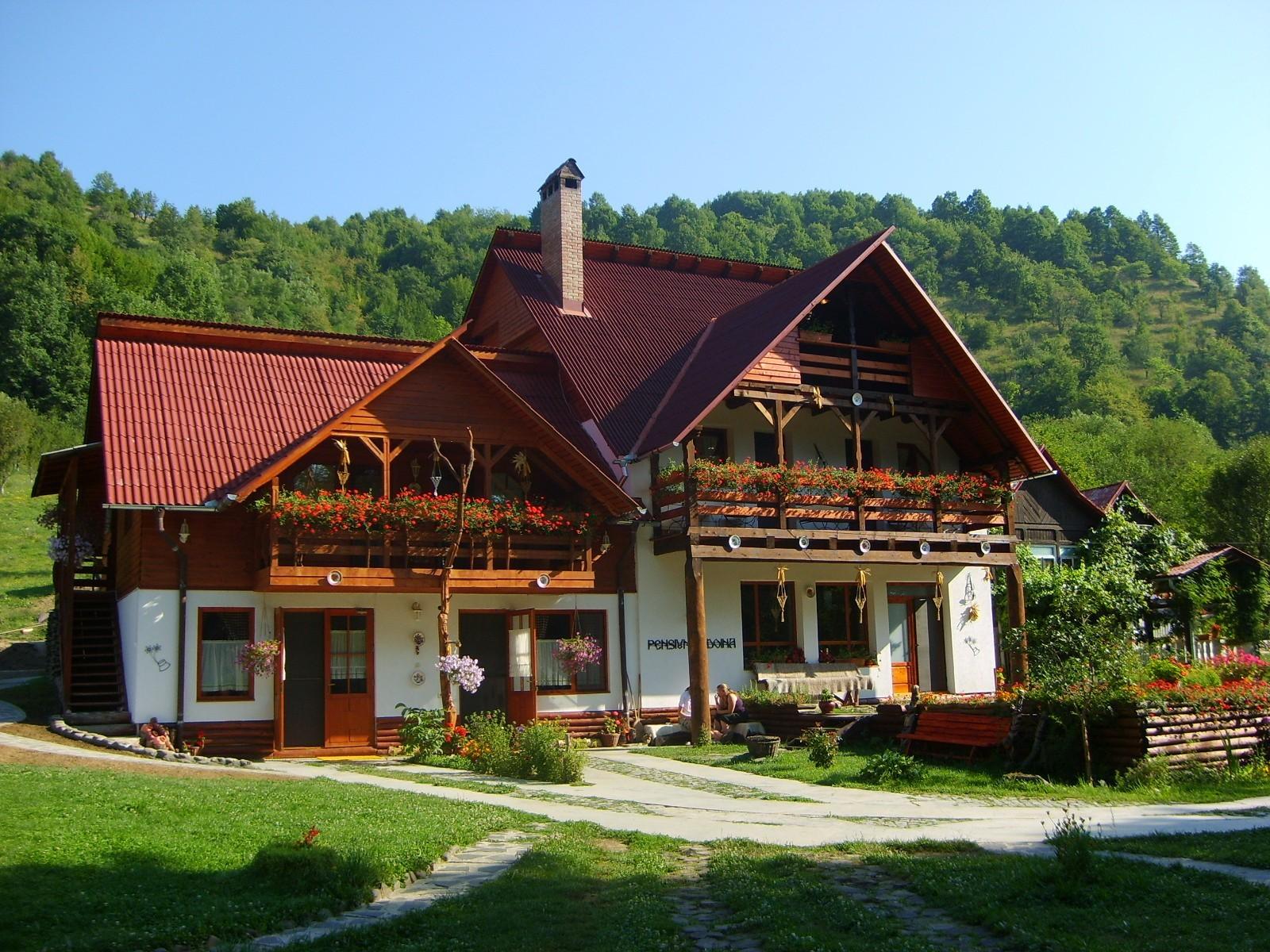 pensiuni constructie ofertare pensiuni www.hotelinvest.ro