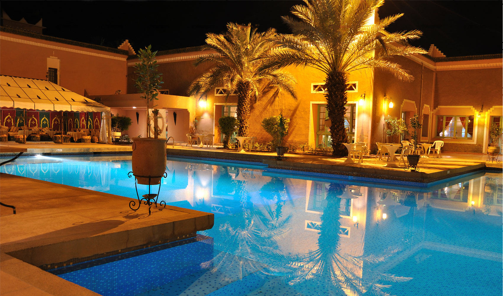 www.hotelinvest.ro piscina hotel spa sauna pensiune