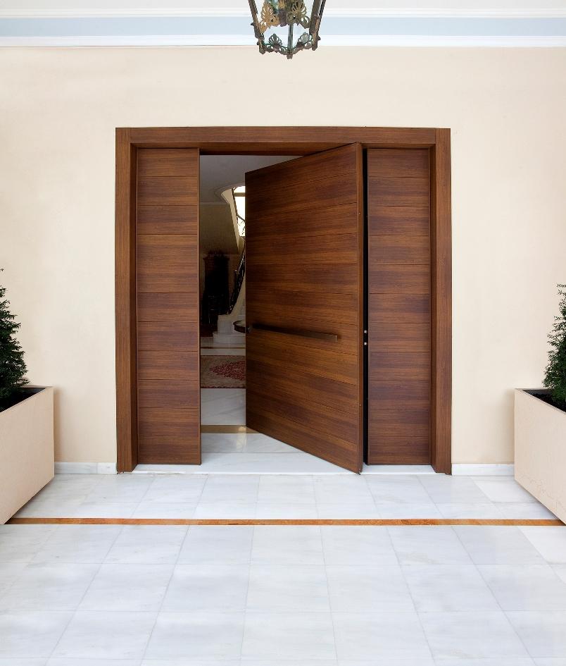 Pivot Door_Aluminum_wooden color